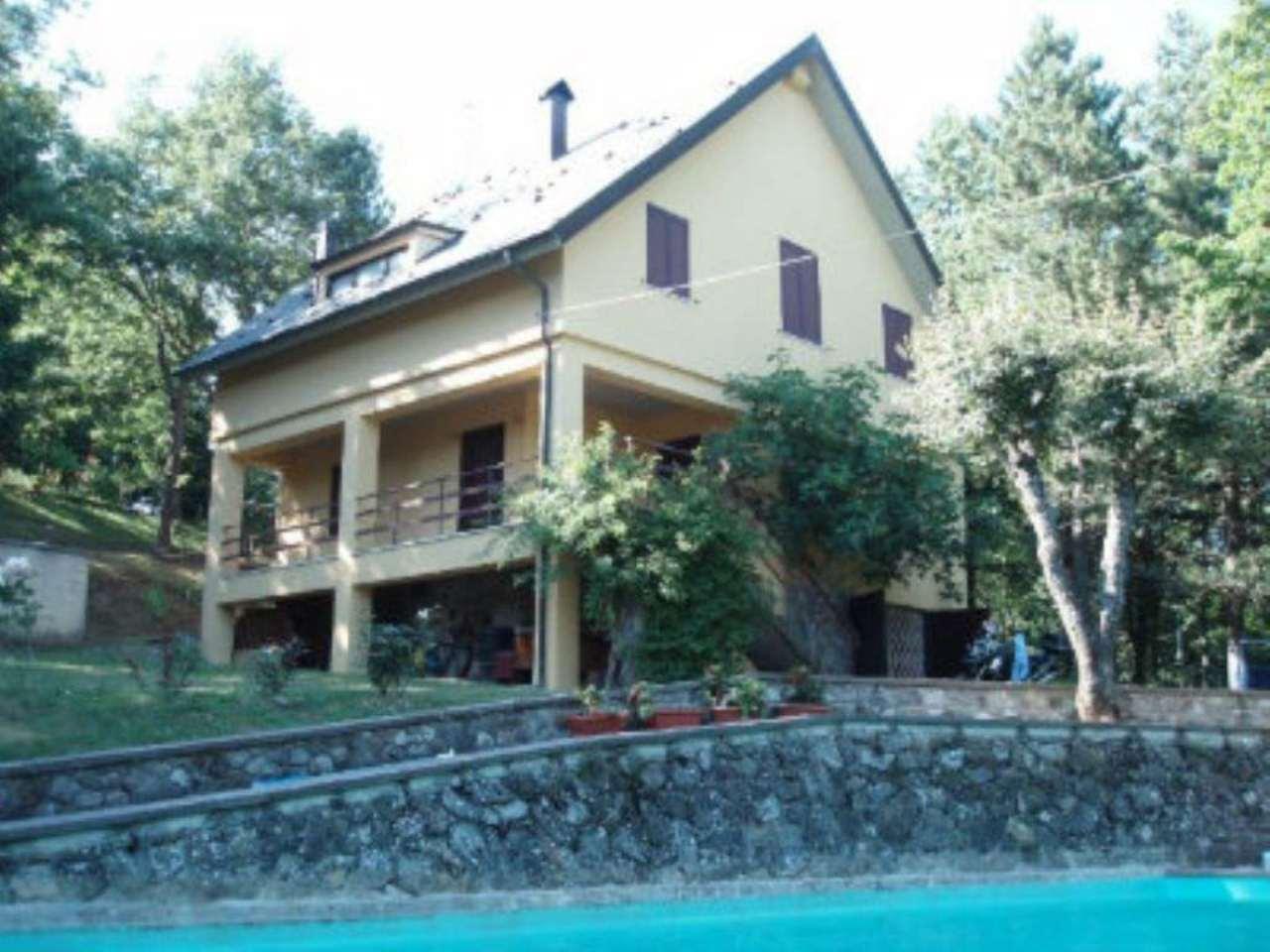 Villa in vendita a Pieve Santo Stefano, 7 locali, prezzo € 190.000   Cambio Casa.it