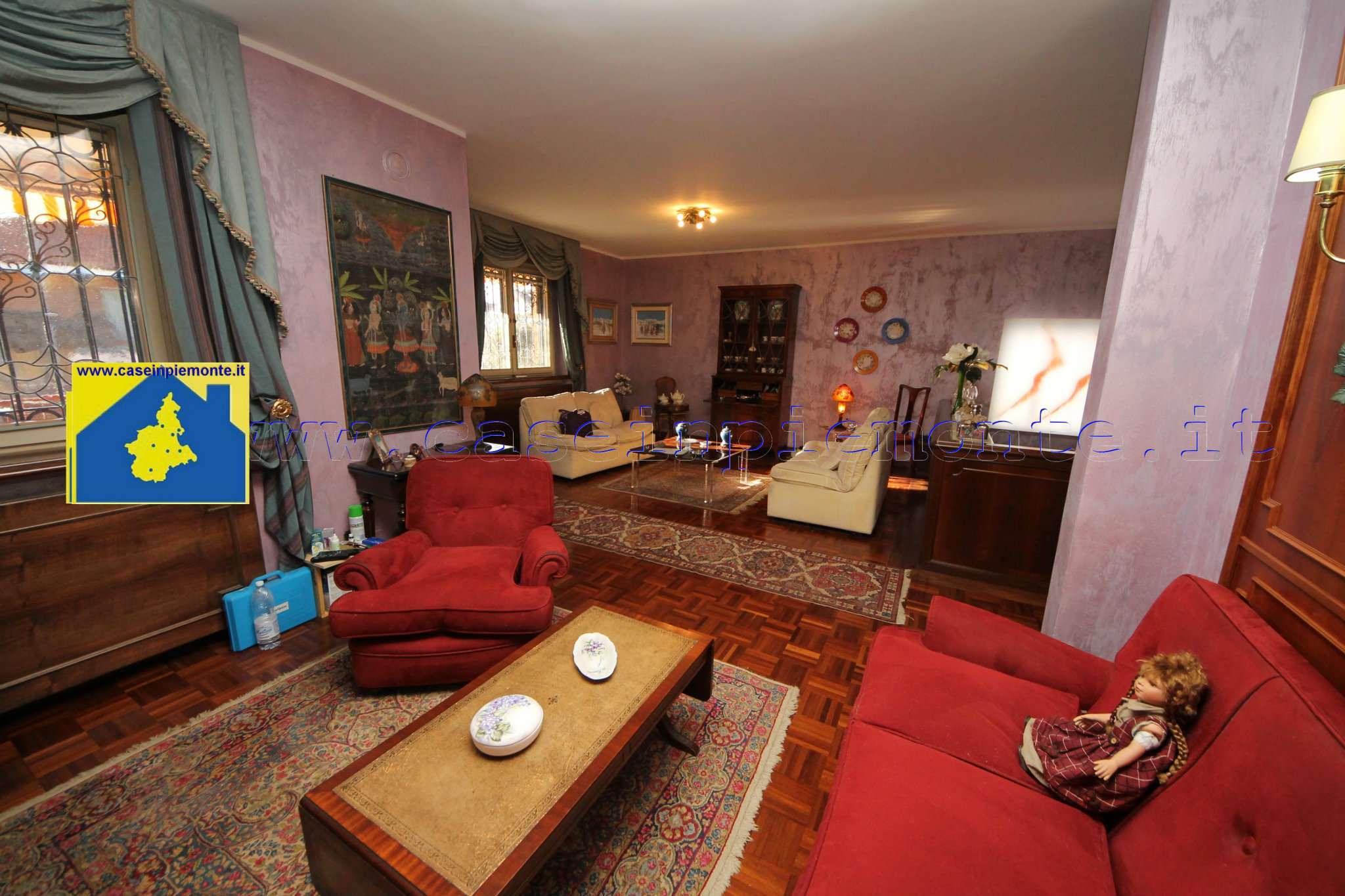 Villa in vendita a Rosta, 7 locali, prezzo € 329.000 | CambioCasa.it