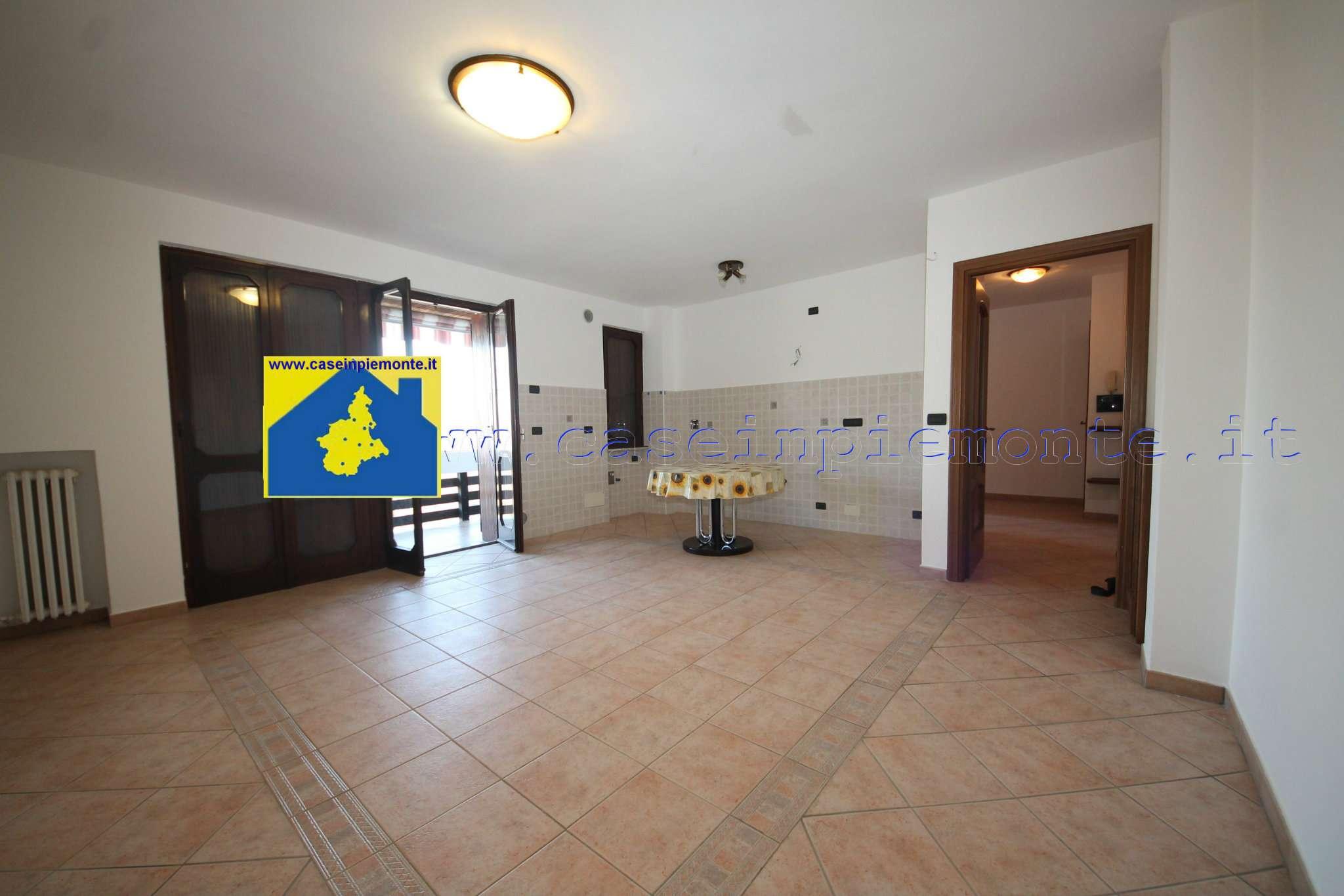 Foto 1 di Quadrilocale via La Cassa 9, frazione Rivasacco, Givoletto