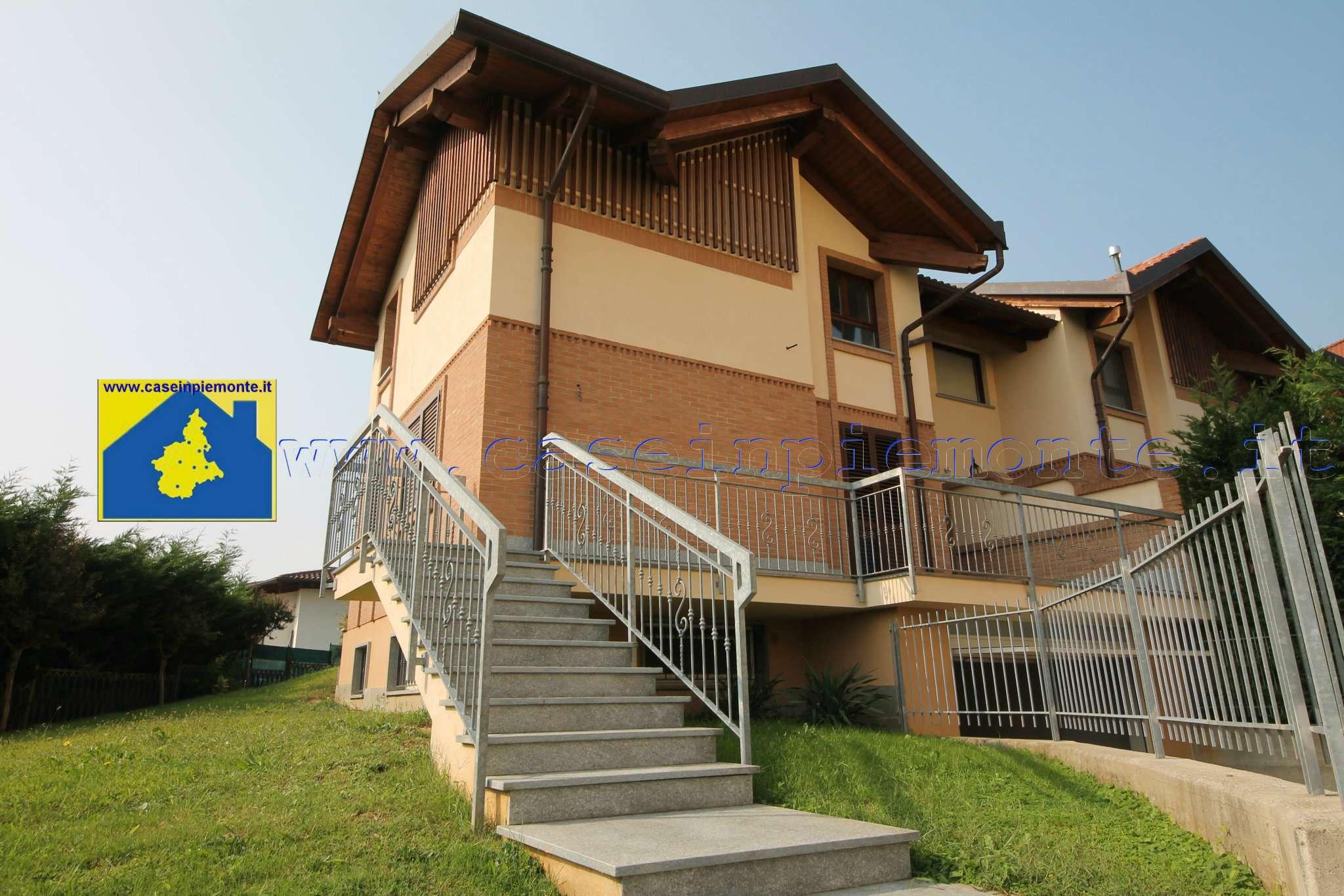 Foto 1 di Villa strada Appennini 56, Rivoli