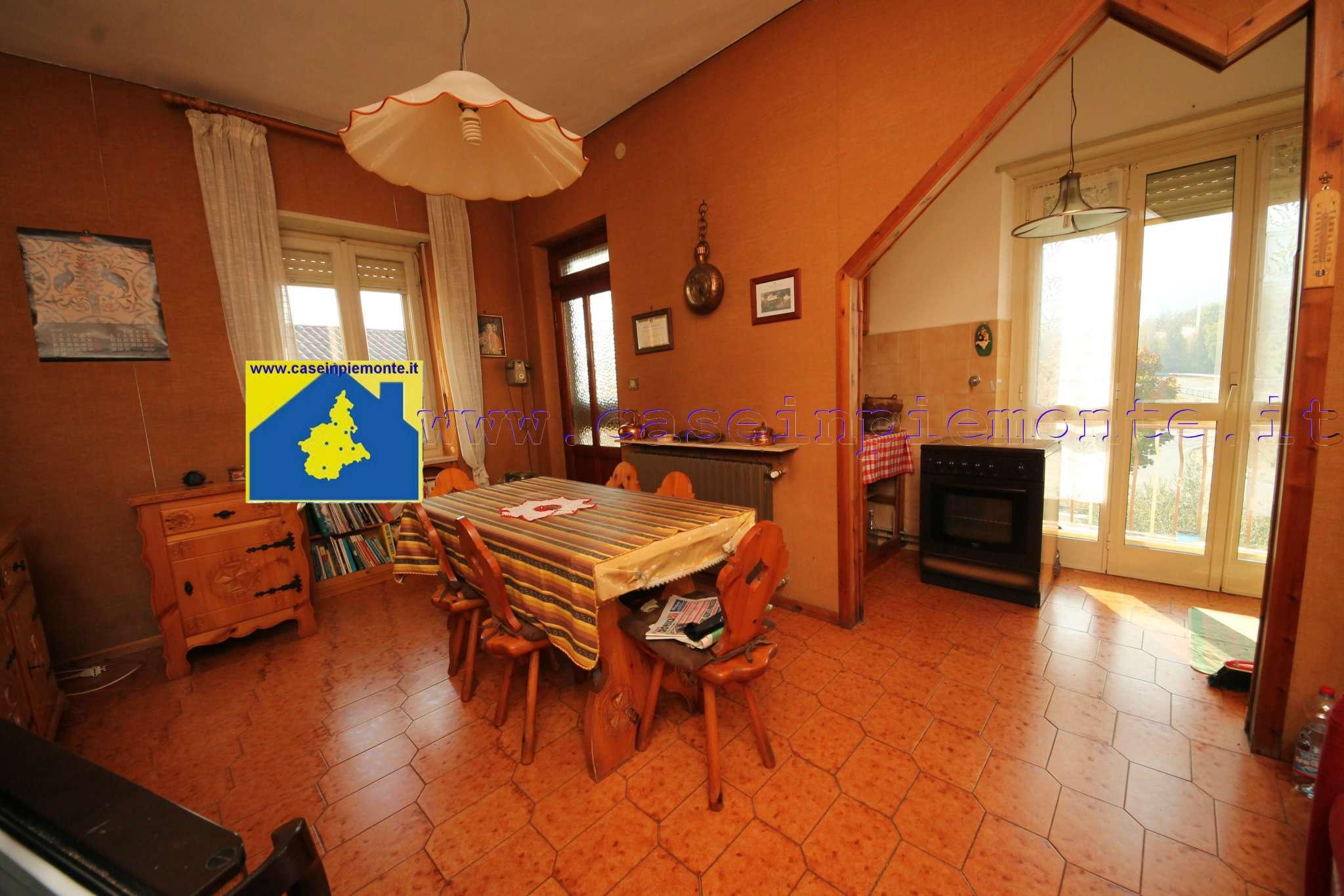 Foto 1 di Appartamento via Alpignano 131, Val Della Torre