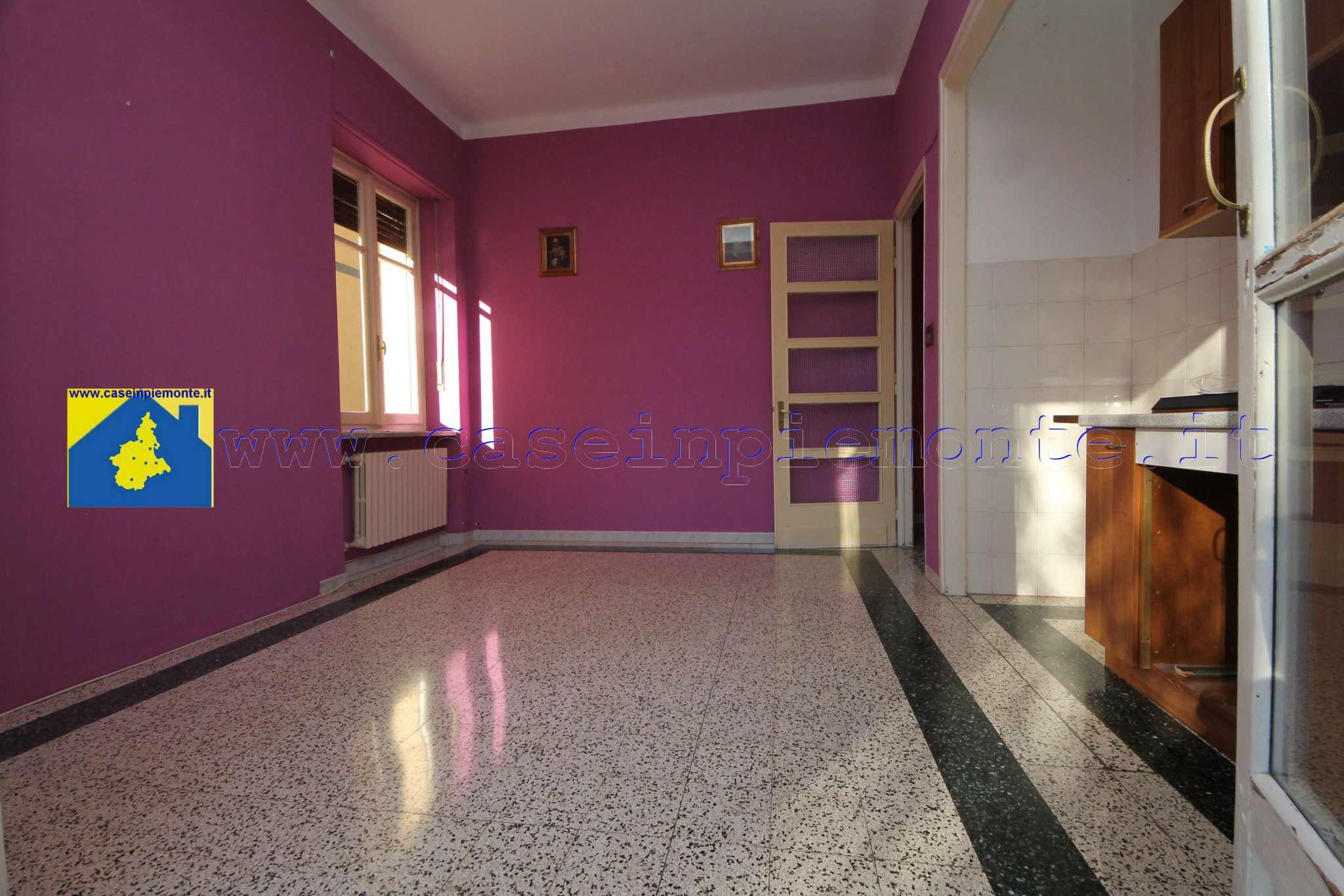 Foto 1 di Trilocale via Urbino 6, Rivoli