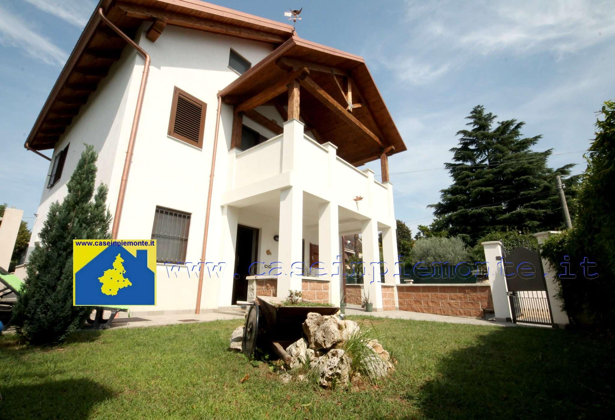 Foto 1 di Villa via Monte Grappa 10, Alpignano