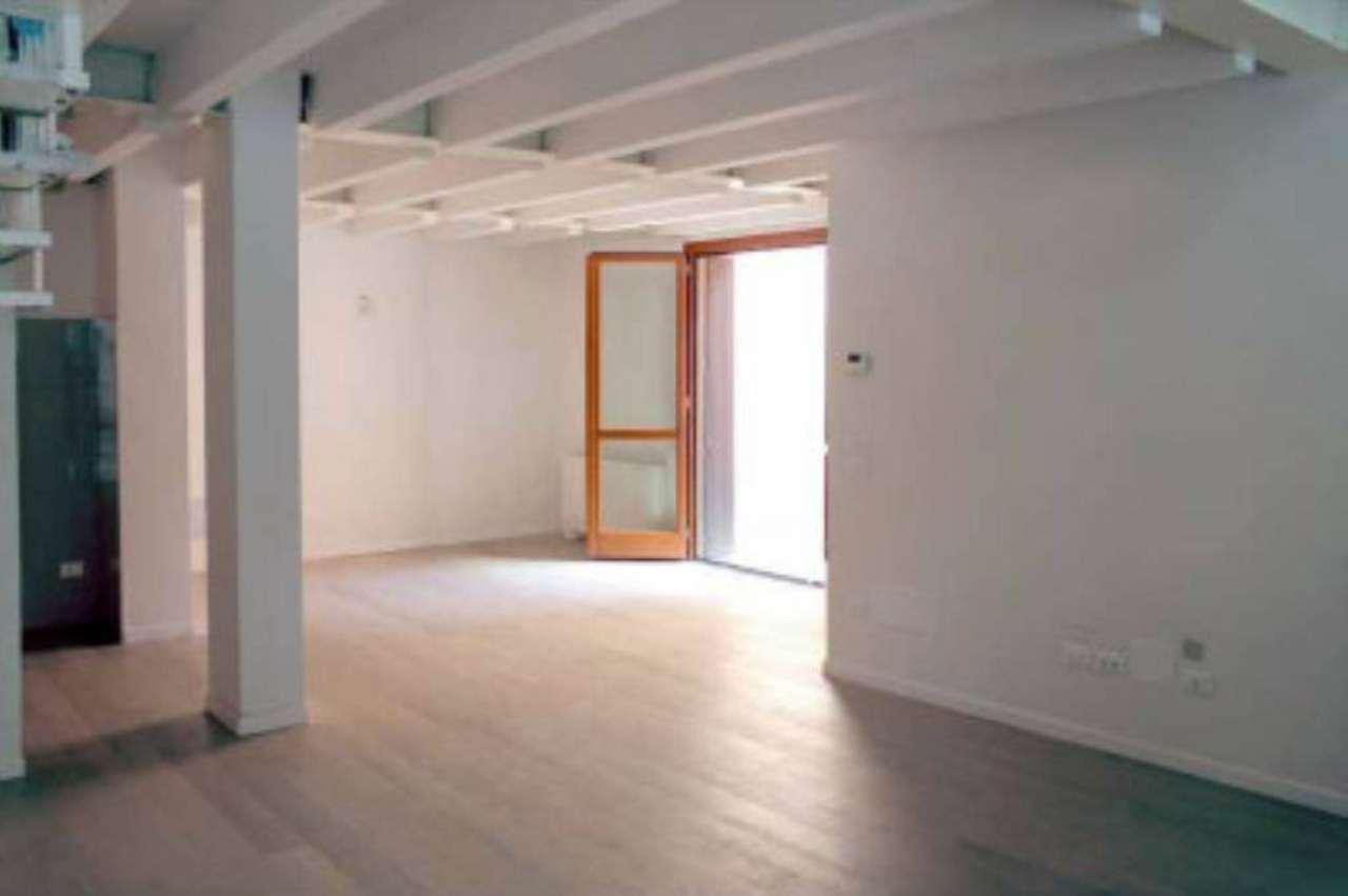 Loft / Openspace in vendita a Bologna, 4 locali, zona Zona: 5 . Massarenti, prezzo € 595.000 | Cambio Casa.it