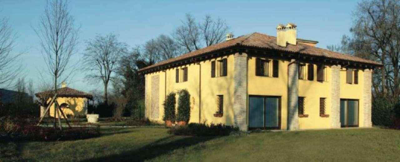 Villa in vendita a Bologna, 15 locali, zona Zona: 4 . San Vitale, prezzo € 1.550.000 | CambioCasa.it