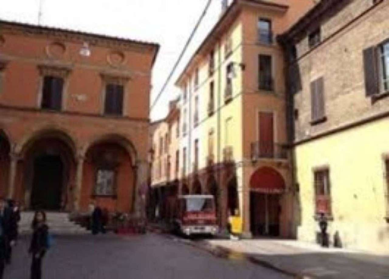 Attività / Licenza in affitto a Bologna, 1 locali, zona Zona: 1 . Centro Storico, prezzo € 200 | Cambio Casa.it