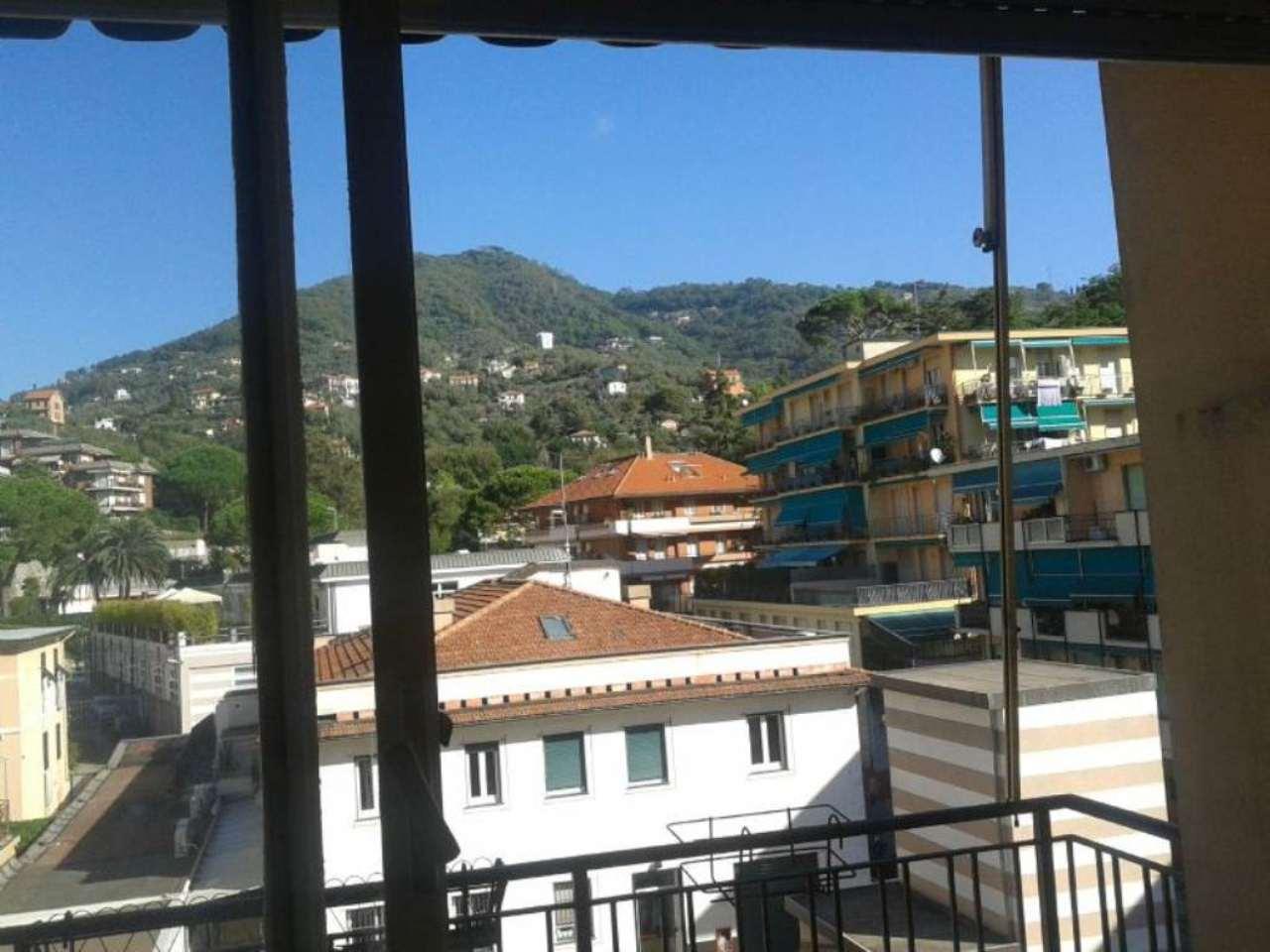 Bilocale Rapallo Via Toti 2