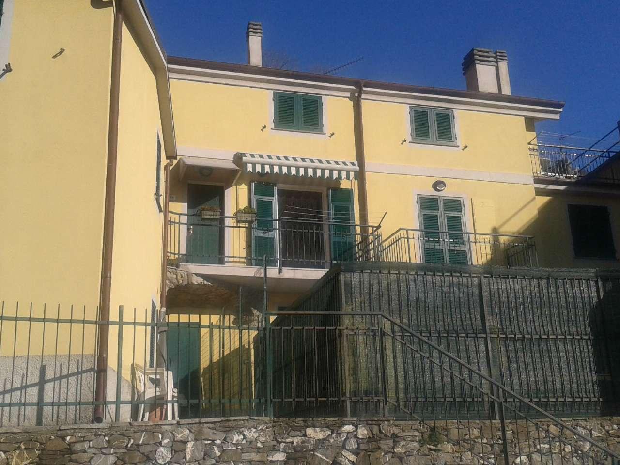 Appartamento in affitto a Carasco, 2 locali, prezzo € 350 | Cambio Casa.it
