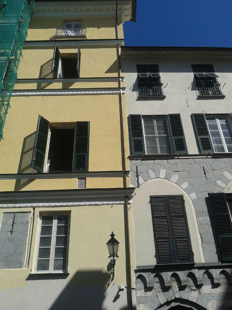 Negozio / Locale in affitto a Chiavari, 5 locali, prezzo € 7.000 | Cambio Casa.it
