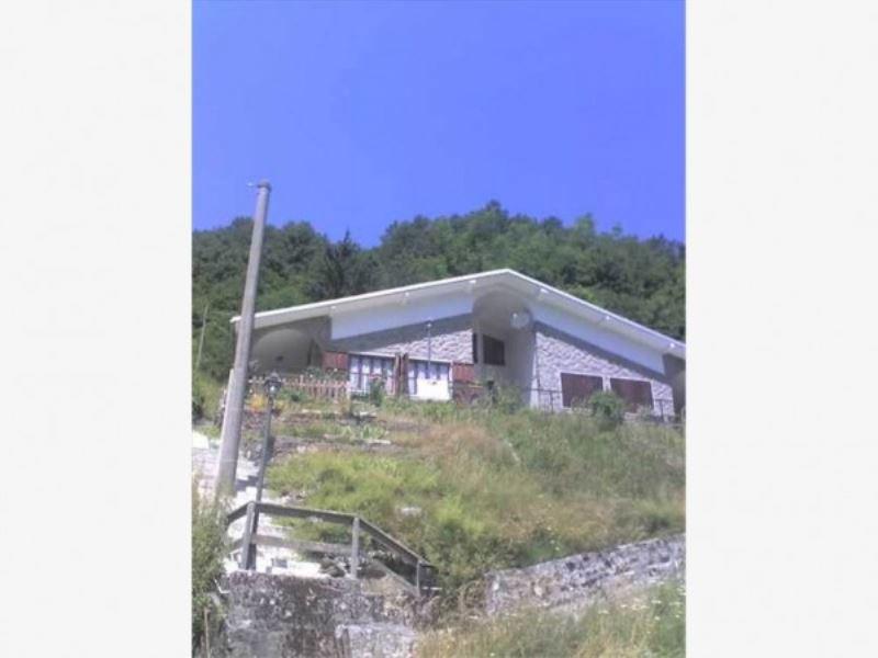 Soluzione Indipendente in vendita a Rezzoaglio, 4 locali, prezzo € 100.000 | CambioCasa.it