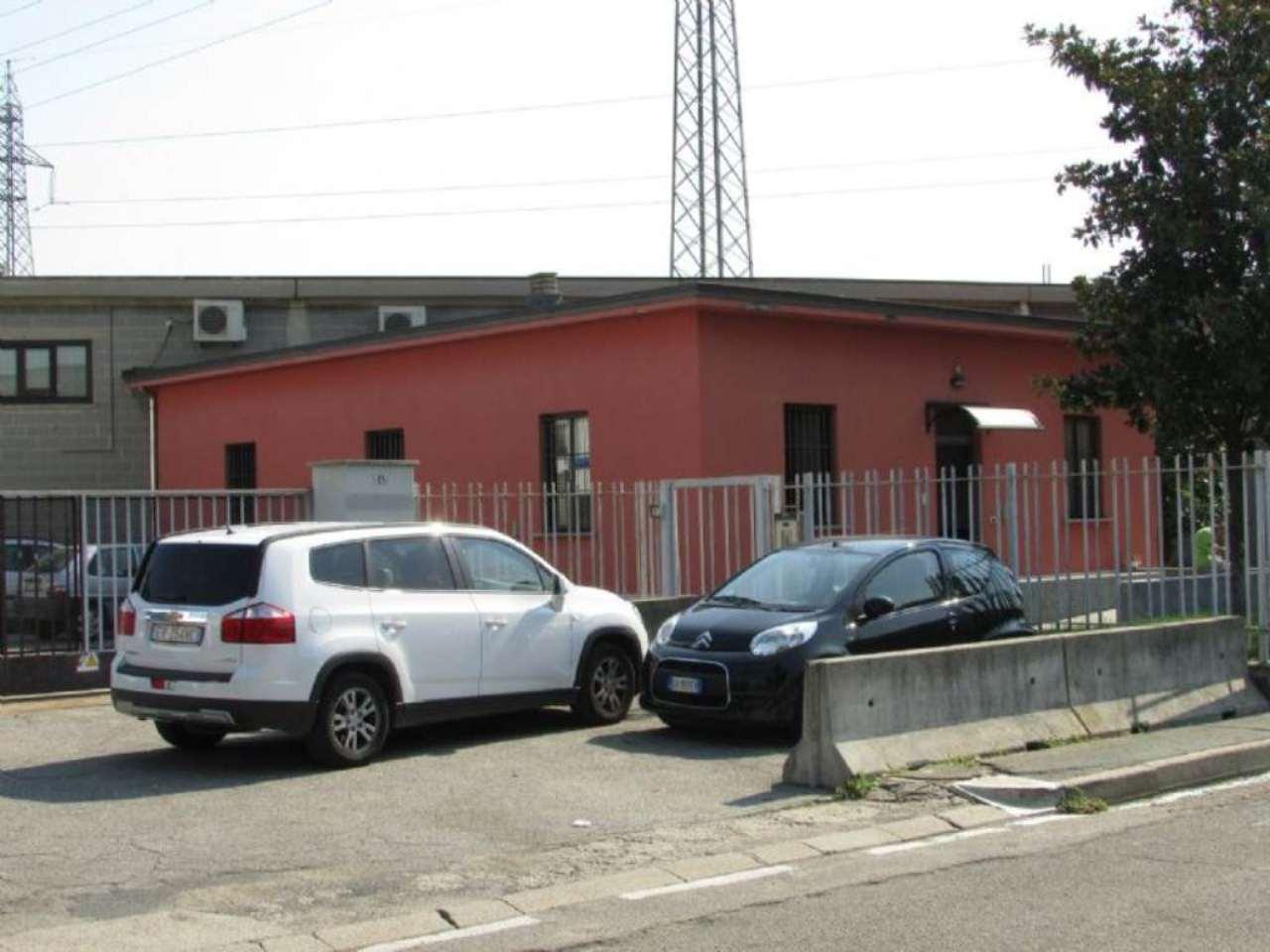 Capannone in vendita a Settimo Milanese, 9999 locali, prezzo € 400.000 | Cambio Casa.it