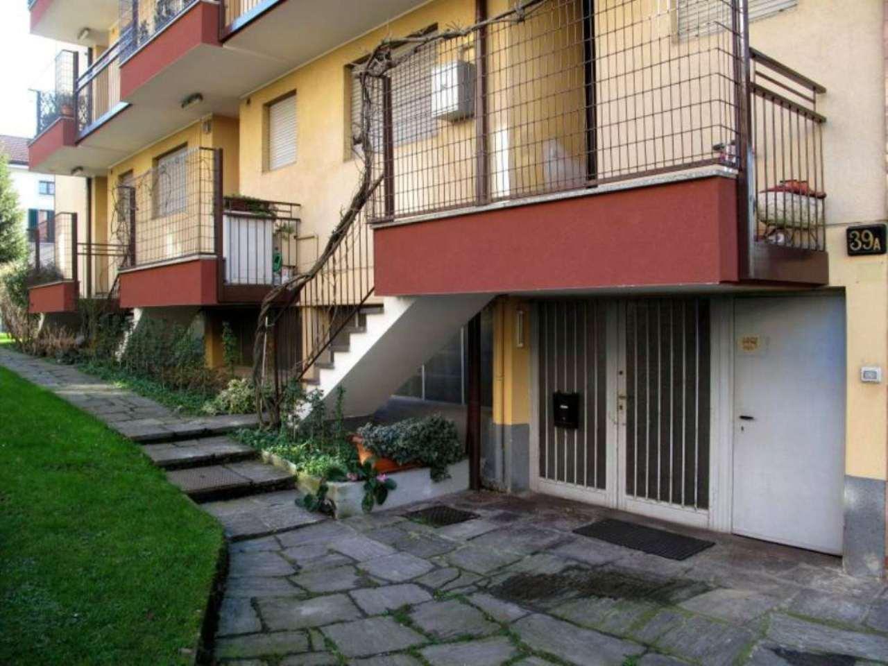 Laboratorio in vendita a Milano, 1 locali, zona Zona: 17 . Quarto Oggiaro, Villapizzone, Certosa, Vialba, prezzo € 95.000   Cambio Casa.it