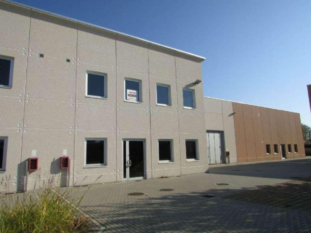 Capannone in vendita a Mediglia, 9999 locali, prezzo € 650.000 | Cambio Casa.it