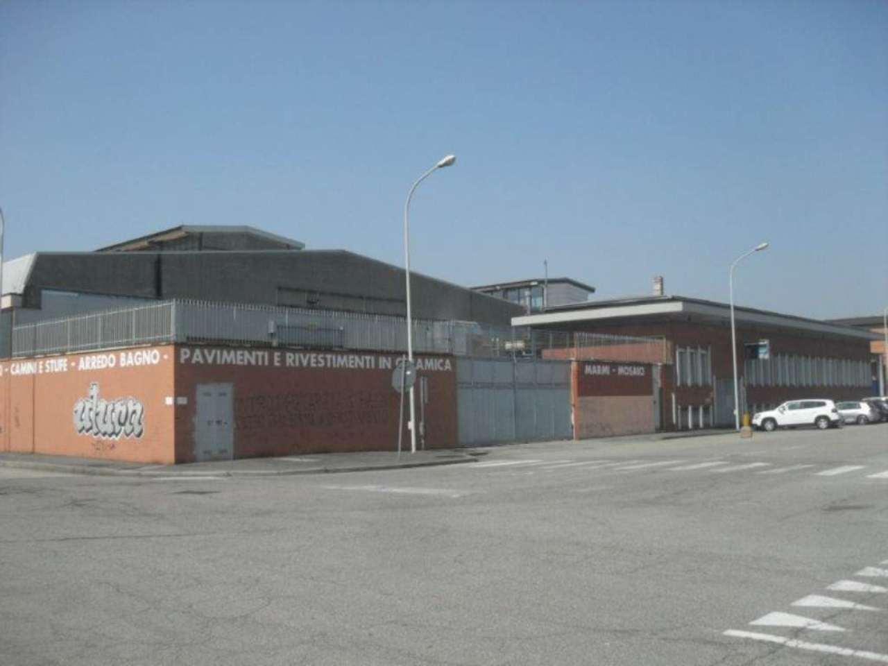 Capannone in affitto a Milano, 9999 locali, zona Zona: 7 . Corvetto, Lodi, Forlanini, Umbria, Rogoredo, prezzo € 18.500 | Cambio Casa.it