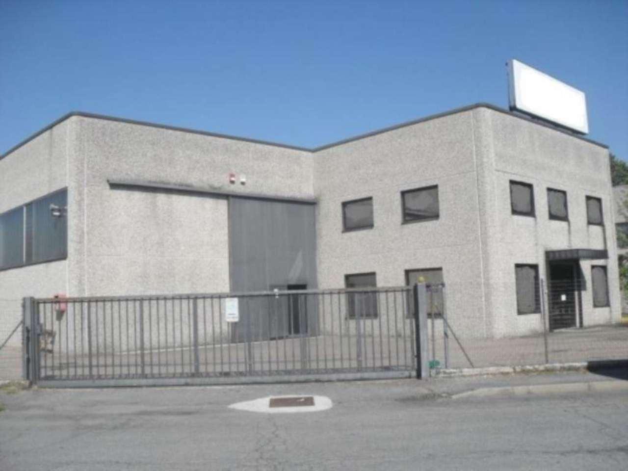 Capannone in vendita a Tavazzano con Villavesco, 9999 locali, prezzo € 1.200.000 | Cambio Casa.it
