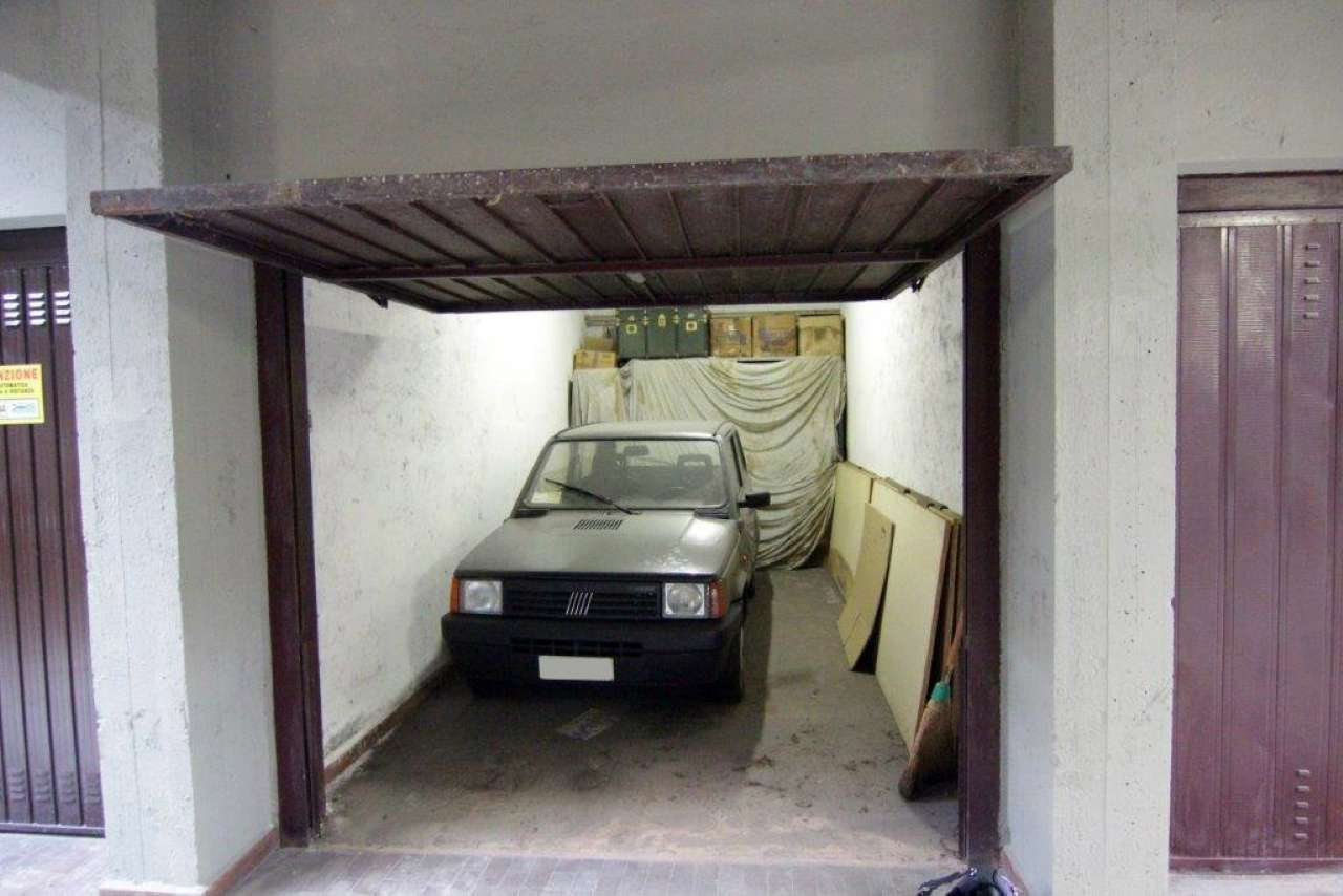 Immobili e case zona 06 italia porta romana bocconi - Mail box porta romana ...