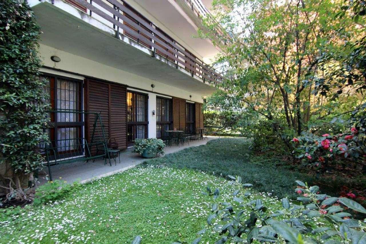 Appartamento in Vendita a Milano 18 Ippodromo / San Siro / Zavattari: 5 locali, 210 mq