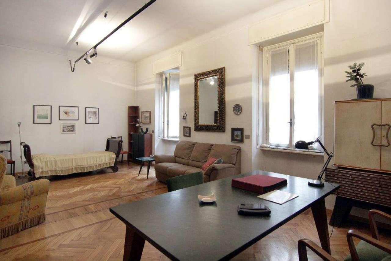 Appartamento in Vendita a Milano 03 Venezia / Piave / Buenos Aires: 3 locali, 120 mq