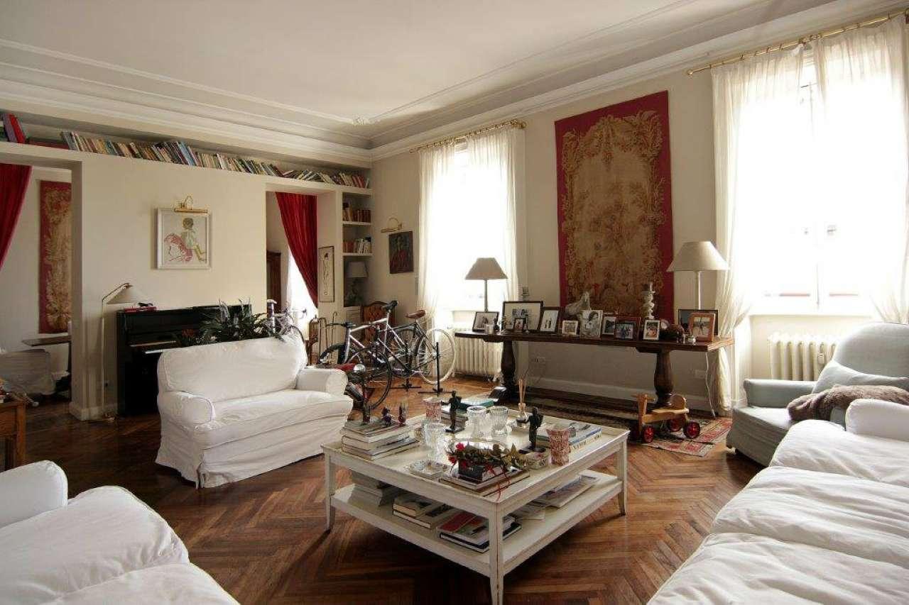 Appartamento in Affitto a Milano 01 Centro storico (Cerchia dei Navigli): 5 locali, 200 mq
