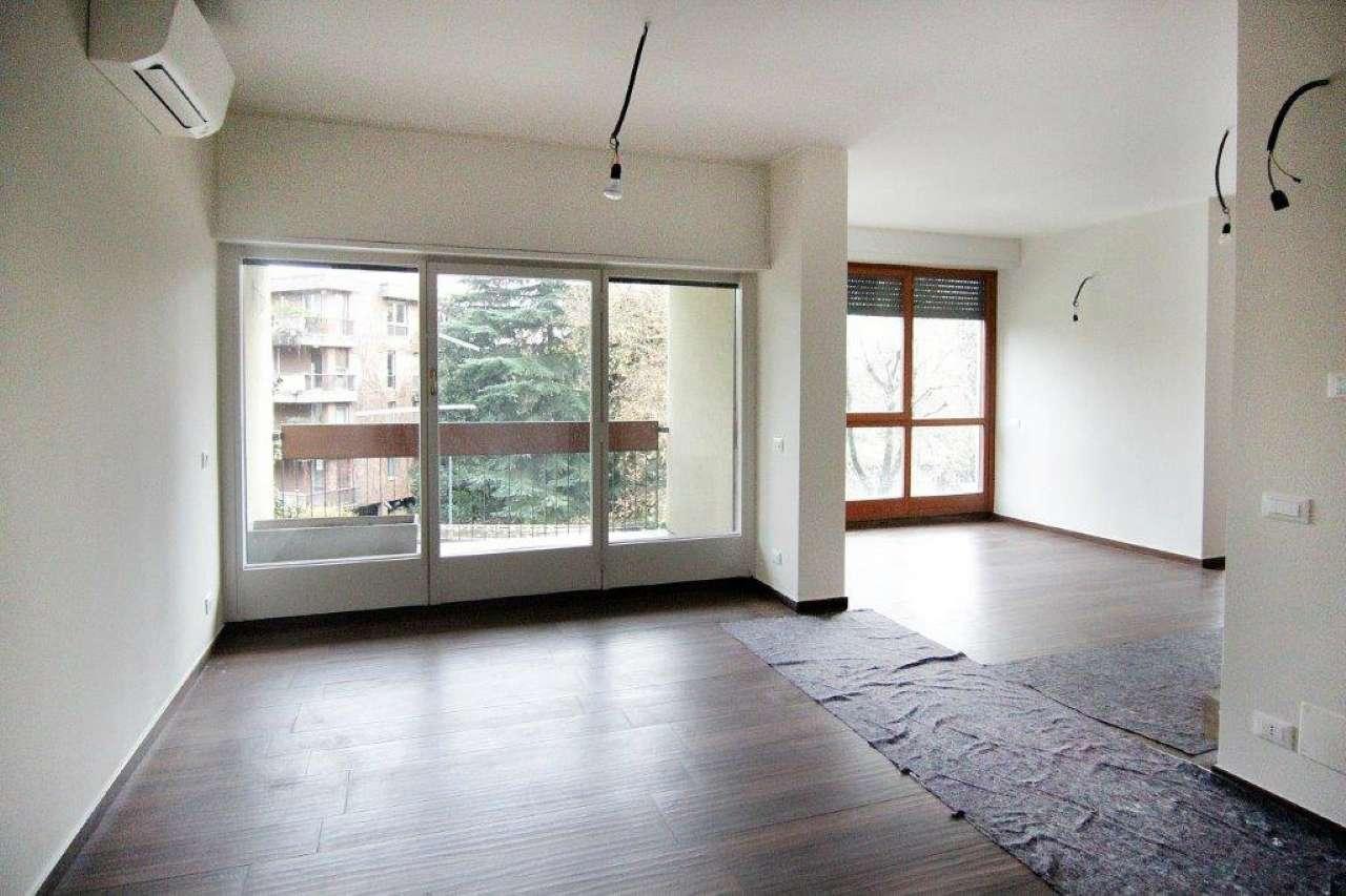 Appartamento in Affitto a Milano 18 Ippodromo / San Siro / Zavattari: 5 locali, 210 mq