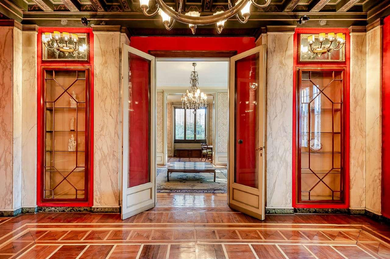 Appartamento in Vendita a Milano 01 Centro storico (Cerchia dei Navigli):  5 locali, 680 mq  - Foto 1