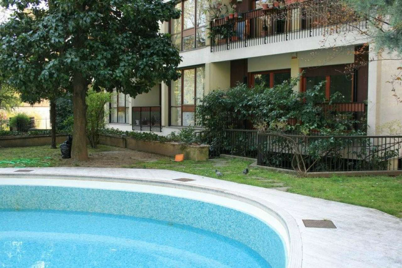 Appartamento in Affitto a Milano 18 Ippodromo / San Siro / Zavattari: 5 locali, 230 mq