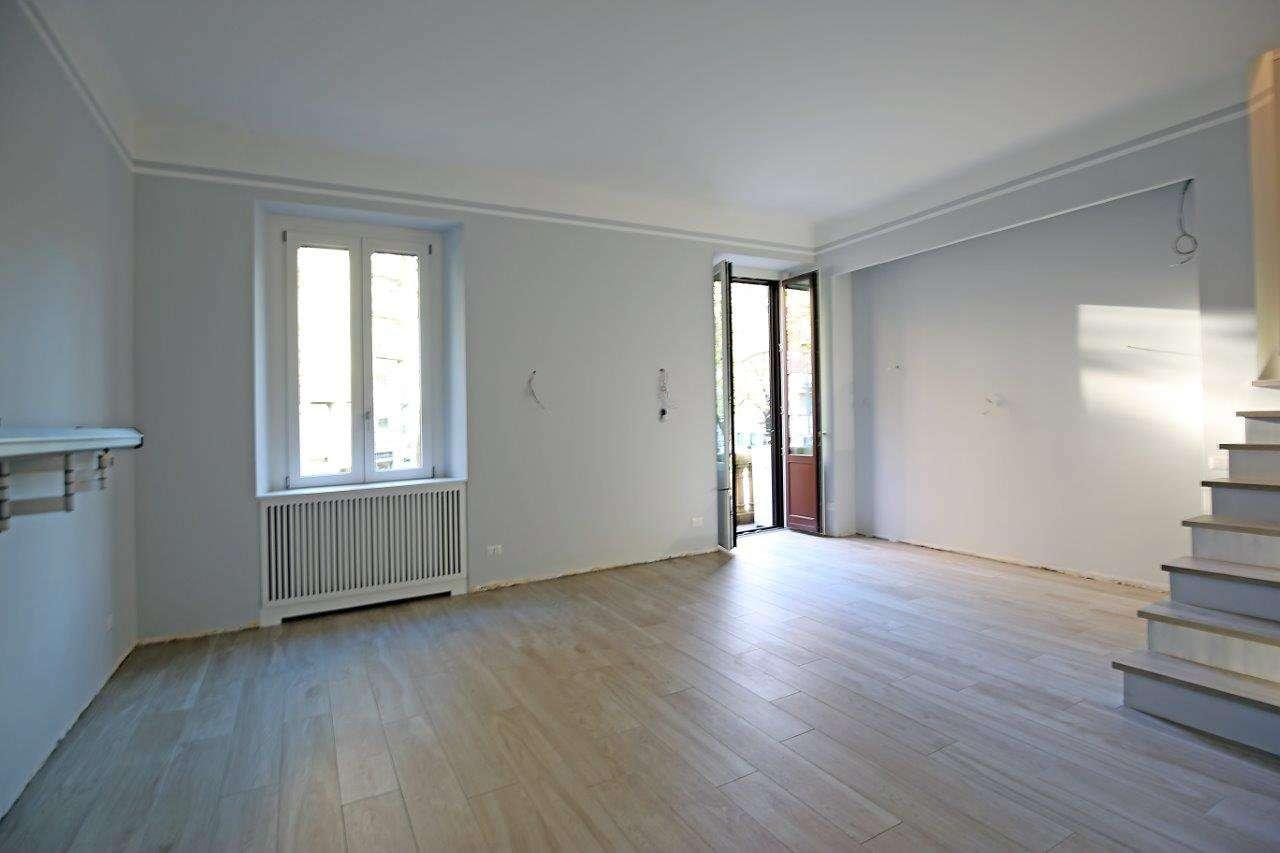 Appartamento in Vendita a Milano 06 Italia / Porta Romana / Bocconi / Lodi: 4 locali, 195 mq