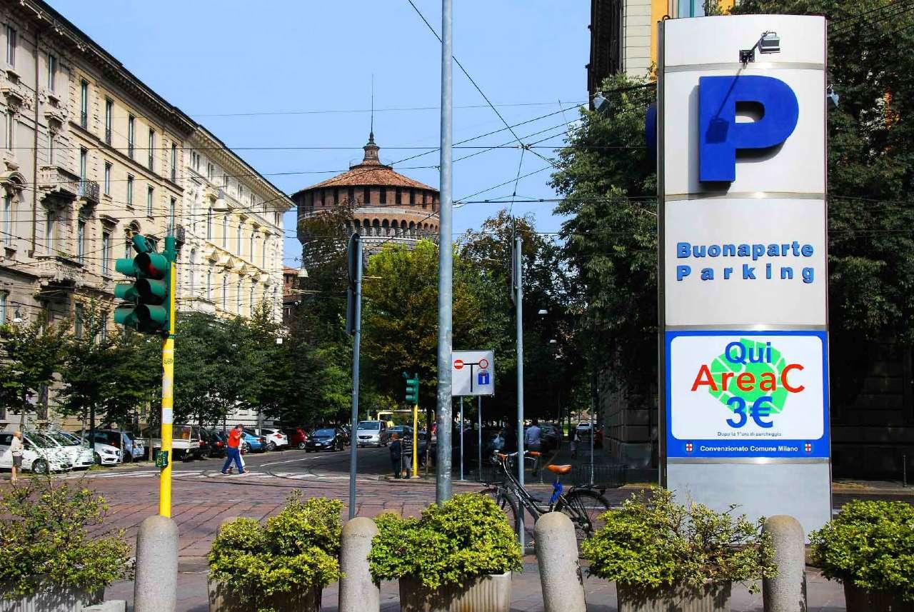 Posto-box auto in Affitto a Milano 01 Centro storico (Cerchia dei Navigli): 1 locali, 15 mq