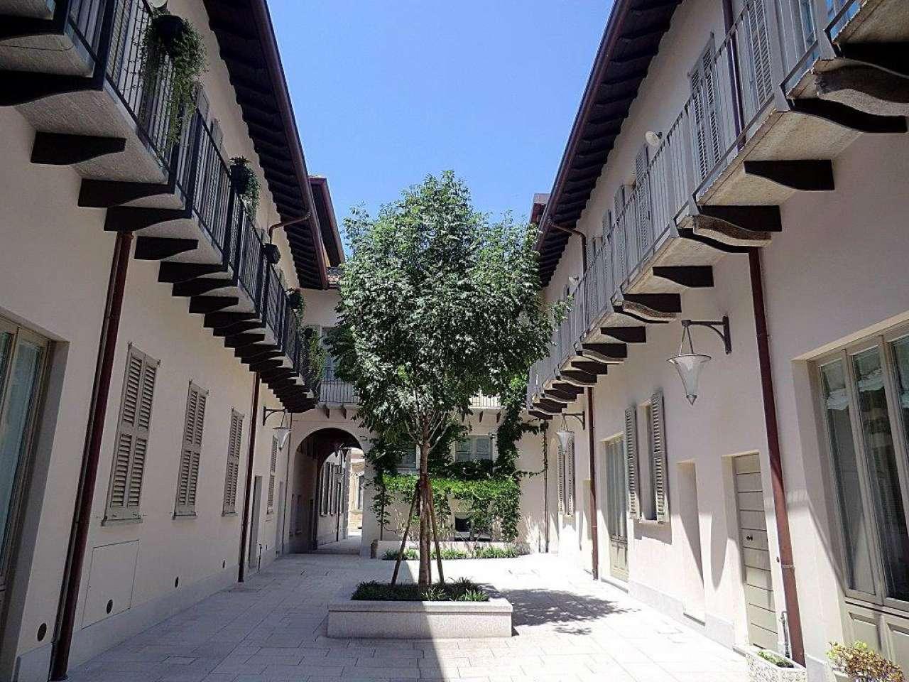 Appartamento in Affitto a Milano 01 Centro storico (Cerchia dei Navigli): 3 locali, 130 mq