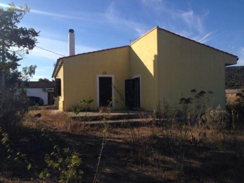 Soluzione Indipendente in vendita a Santa Maria Coghinas, 4 locali, prezzo € 85.000 | Cambio Casa.it