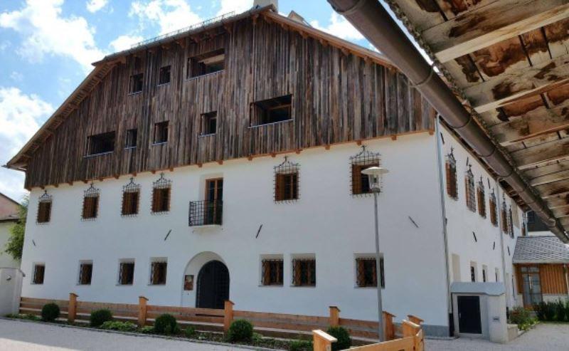 Appartamento in vendita a Villabassa, 6 locali, prezzo € 711.000 | Cambio Casa.it