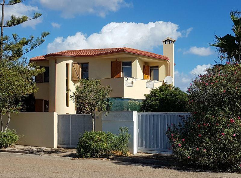 Villa in vendita a Quartu Sant'Elena, 5 locali, prezzo € 299.000 | Cambio Casa.it