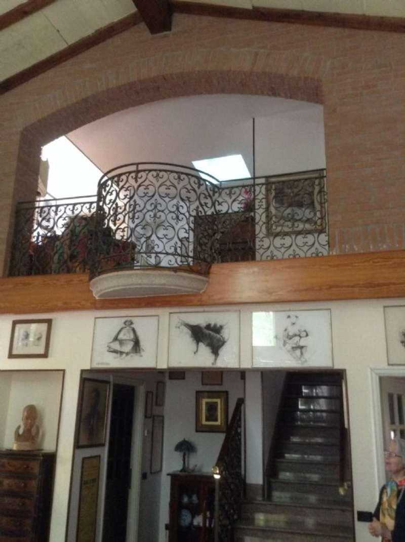 Villa in vendita a San Genesio ed Uniti, 4 locali, prezzo € 540.000 | Cambio Casa.it