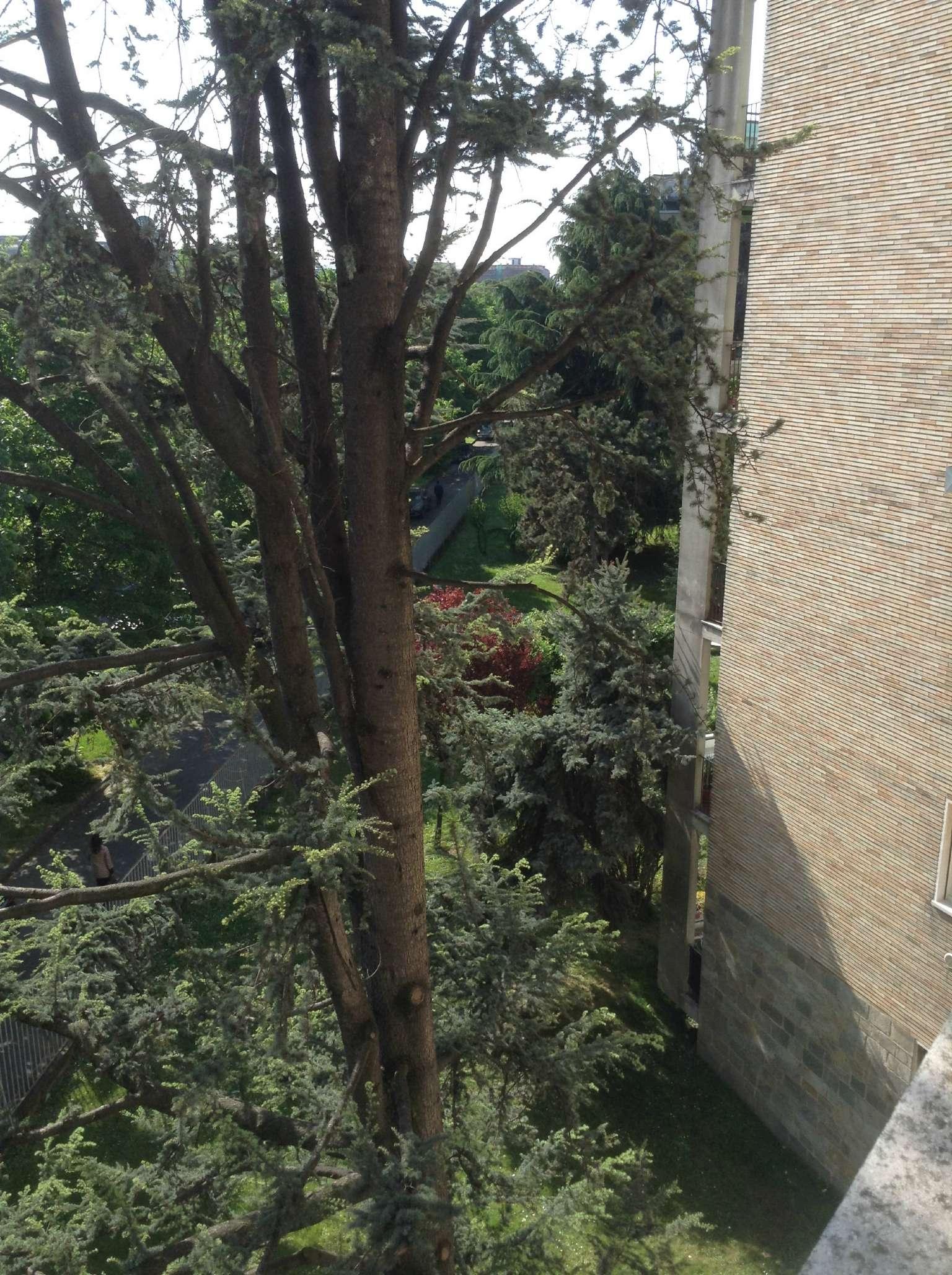 Bilocale Milano Via Privata Via Fornari 5