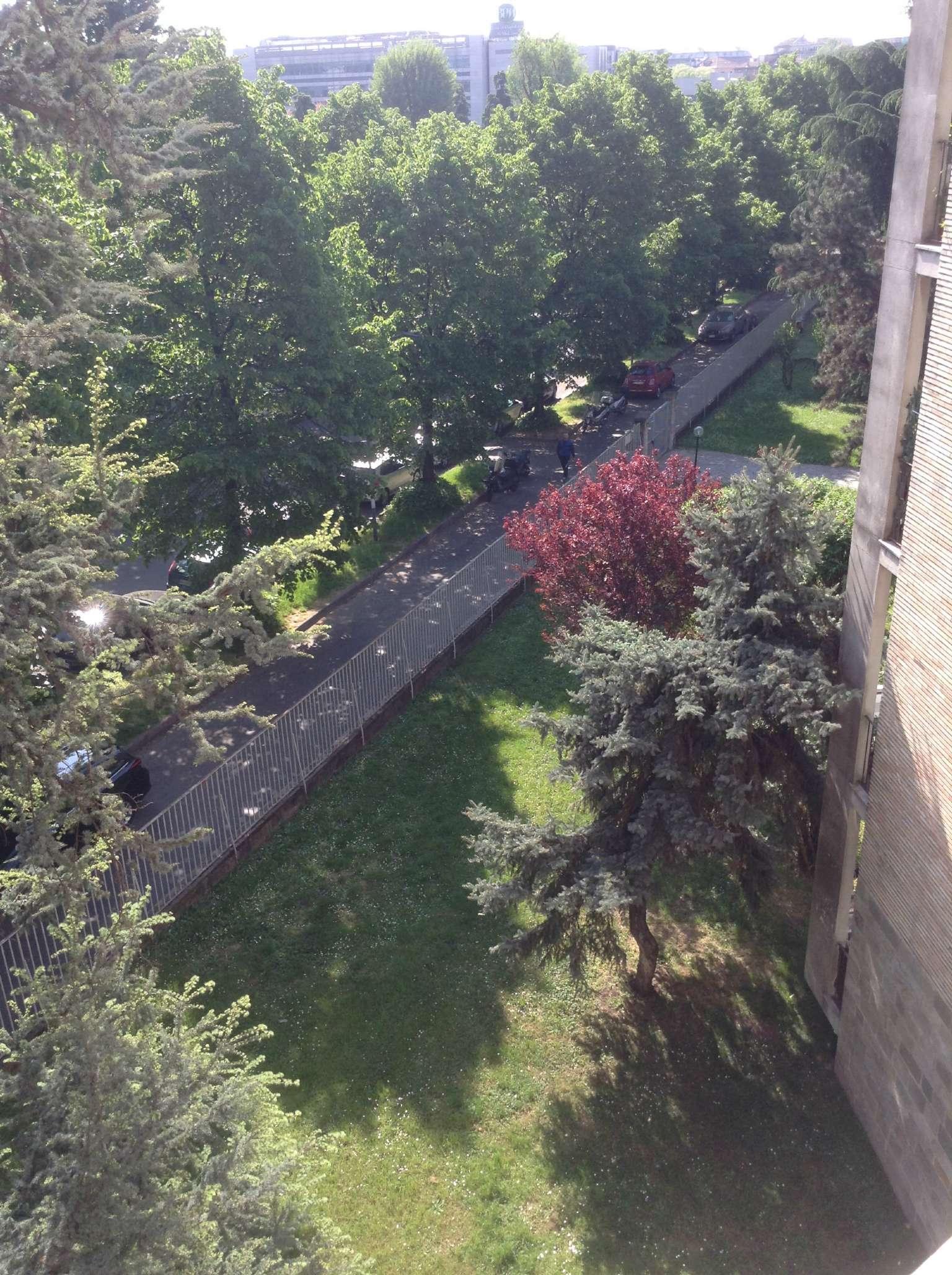 Bilocale Milano Via Privata Via Fornari 12