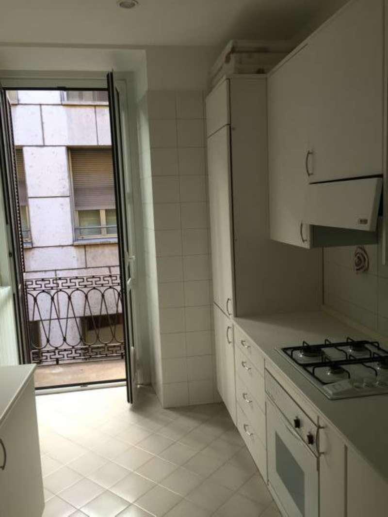 Bilocale affitto milano zona centro storico - Corso di porta romana 16 milano ...