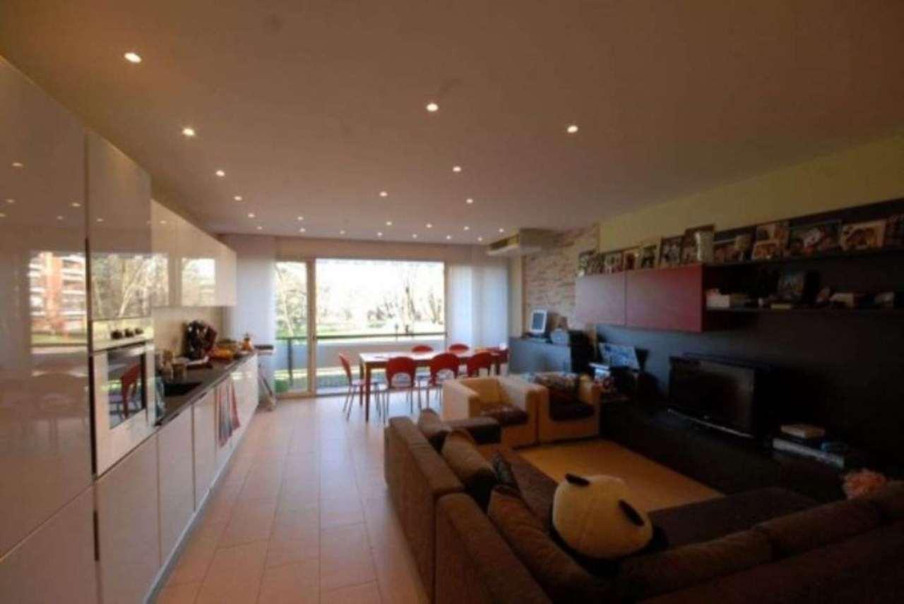 Appartamento in vendita a Basiglio, 3 locali, prezzo € 340.000 | Cambio Casa.it