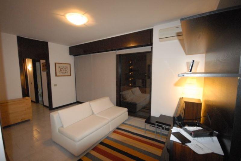 Appartamento in affitto a Basiglio, 2 locali, prezzo € 650   Cambio Casa.it