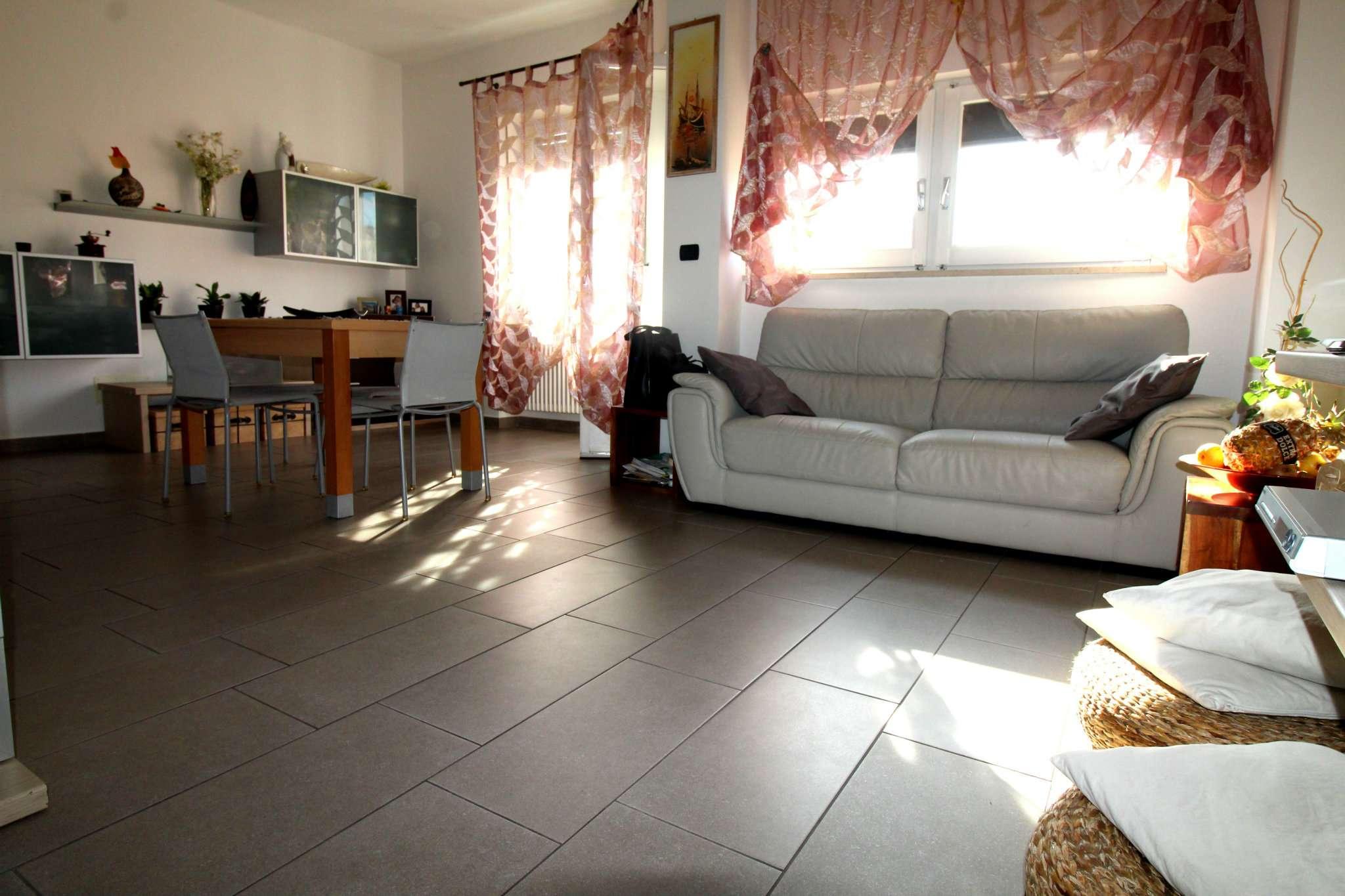 Appartamento in vendita via D'annunzio 31 Venaria Reale