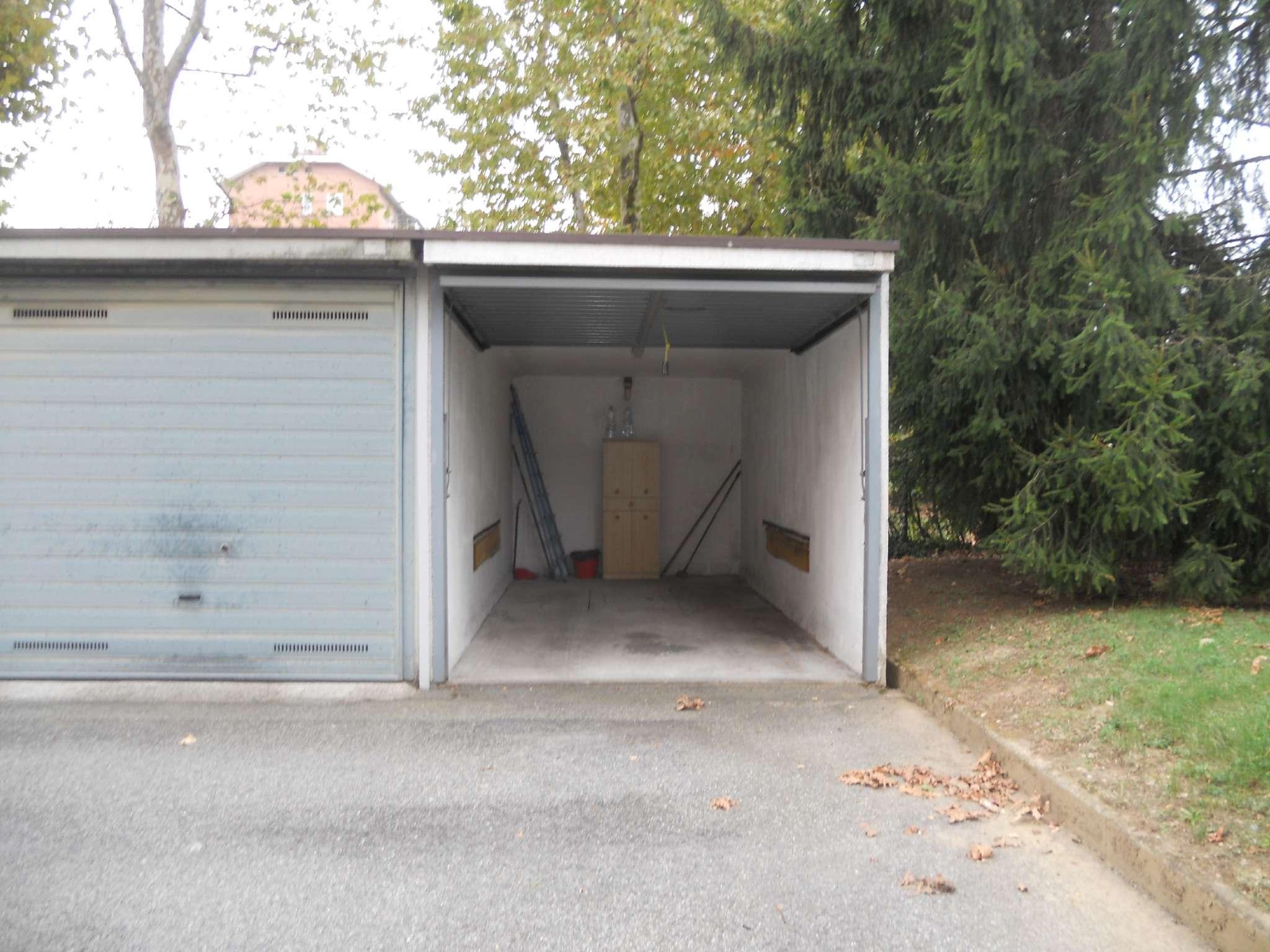 Box/Garage in affitto via Di Vittorio 25 Collegno