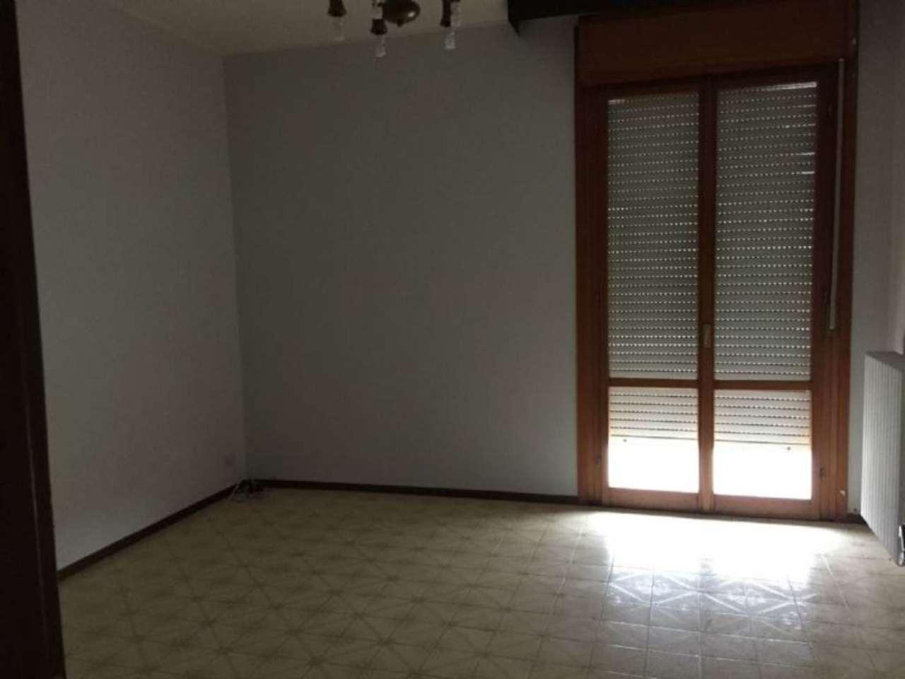 Appartamento in vendita a Viadana, 3 locali, prezzo € 58.000 | Cambio Casa.it