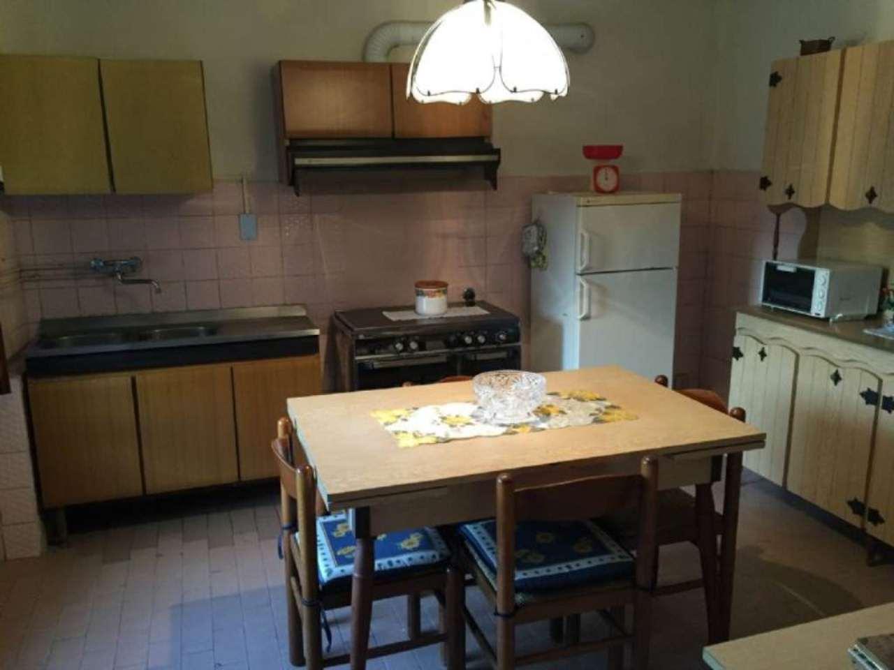 Soluzione Semindipendente in vendita a Dosolo, 3 locali, prezzo € 62.000 | Cambio Casa.it