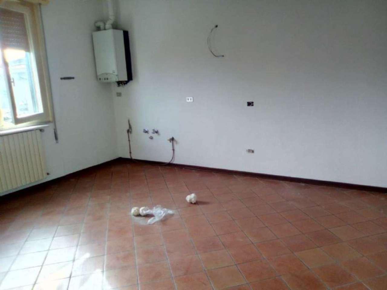 Appartamento in affitto a Viadana, 3 locali, prezzo € 350 | Cambio Casa.it