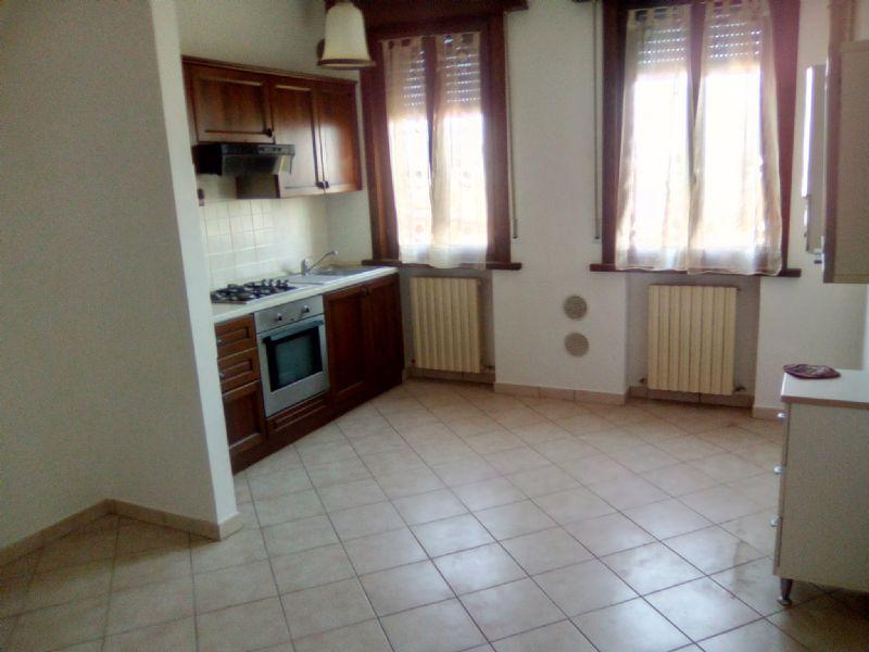 Appartamento in affitto a Viadana, 2 locali, prezzo € 360 | Cambio Casa.it