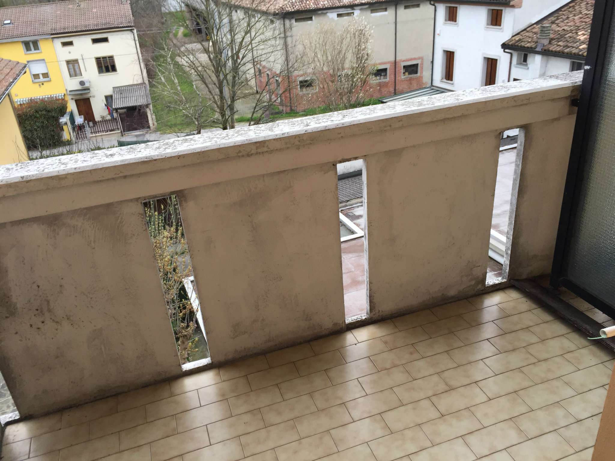 Bilocale Boretto Via Vittorio Veneto 3