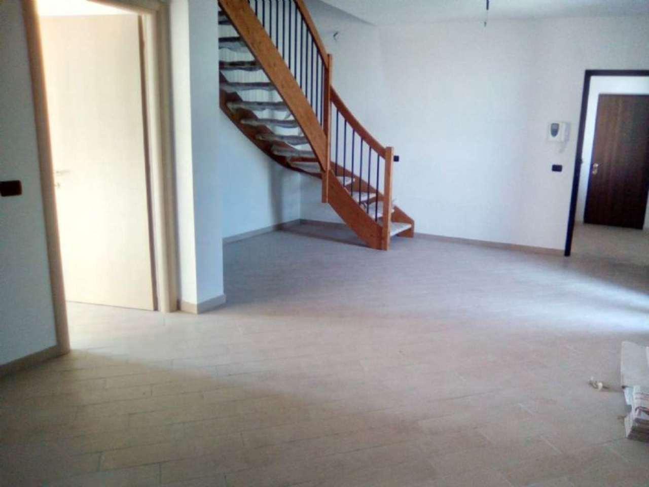 Appartamento in affitto a Casalmaggiore, 4 locali, prezzo € 500 | Cambio Casa.it