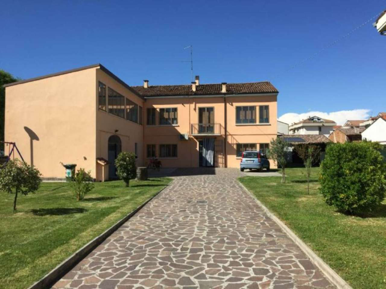 Soluzione Indipendente in vendita a Viadana, 7 locali, prezzo € 240.000 | Cambio Casa.it