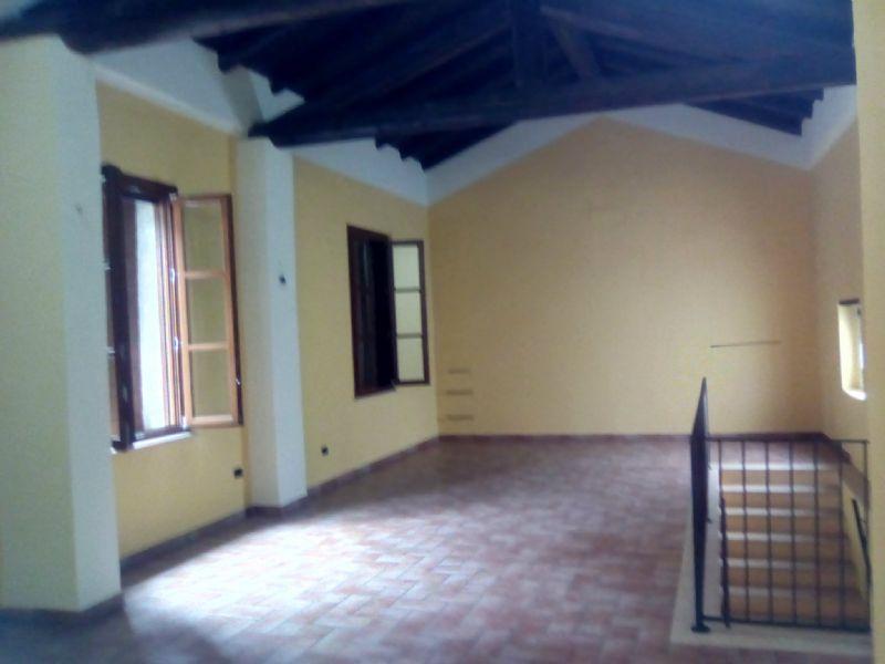 Negozio / Locale in affitto a Sabbioneta, 4 locali, prezzo € 1.200 | Cambio Casa.it