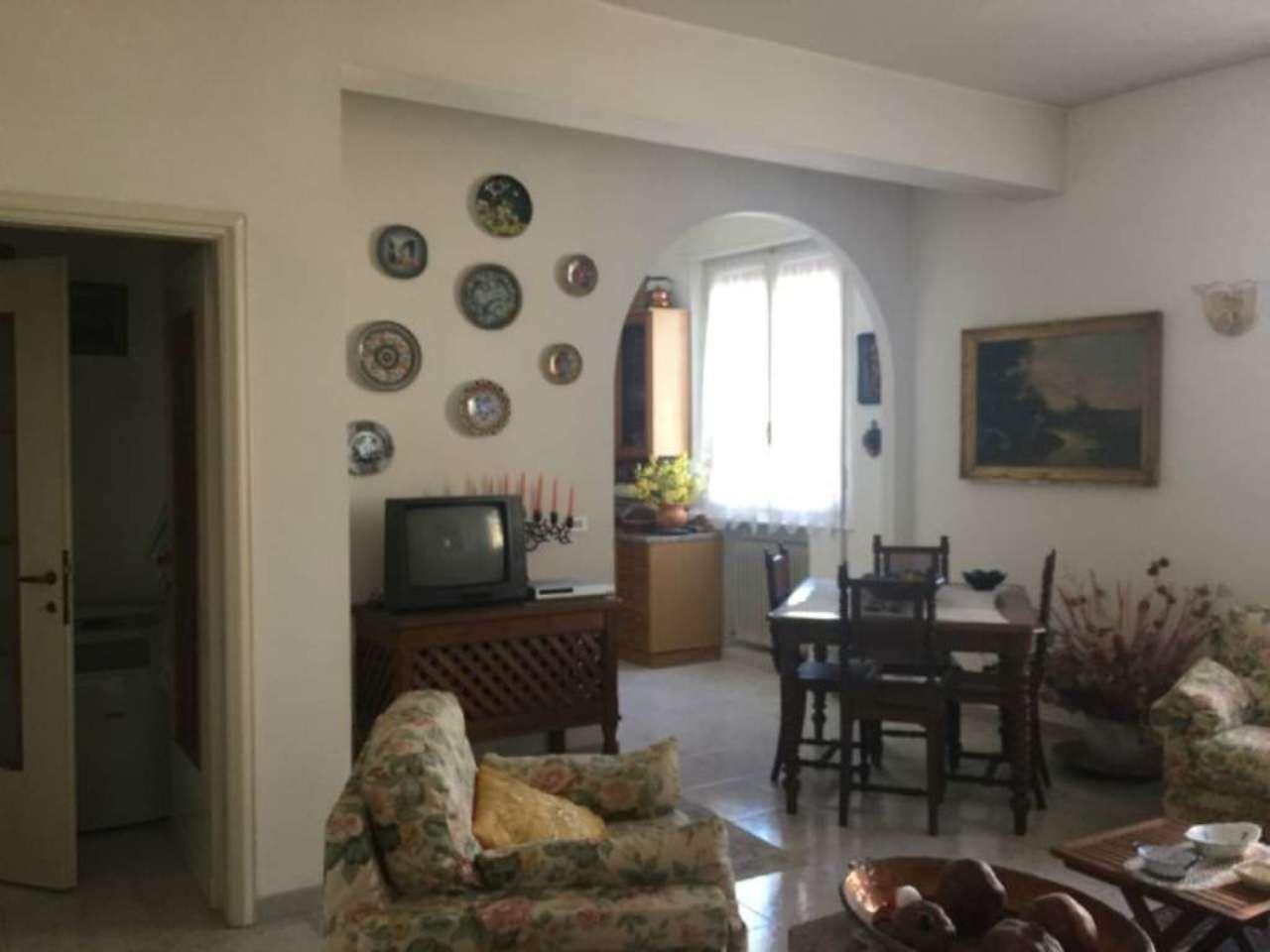 Appartamento in vendita a Viadana, 3 locali, prezzo € 80.000 | CambioCasa.it
