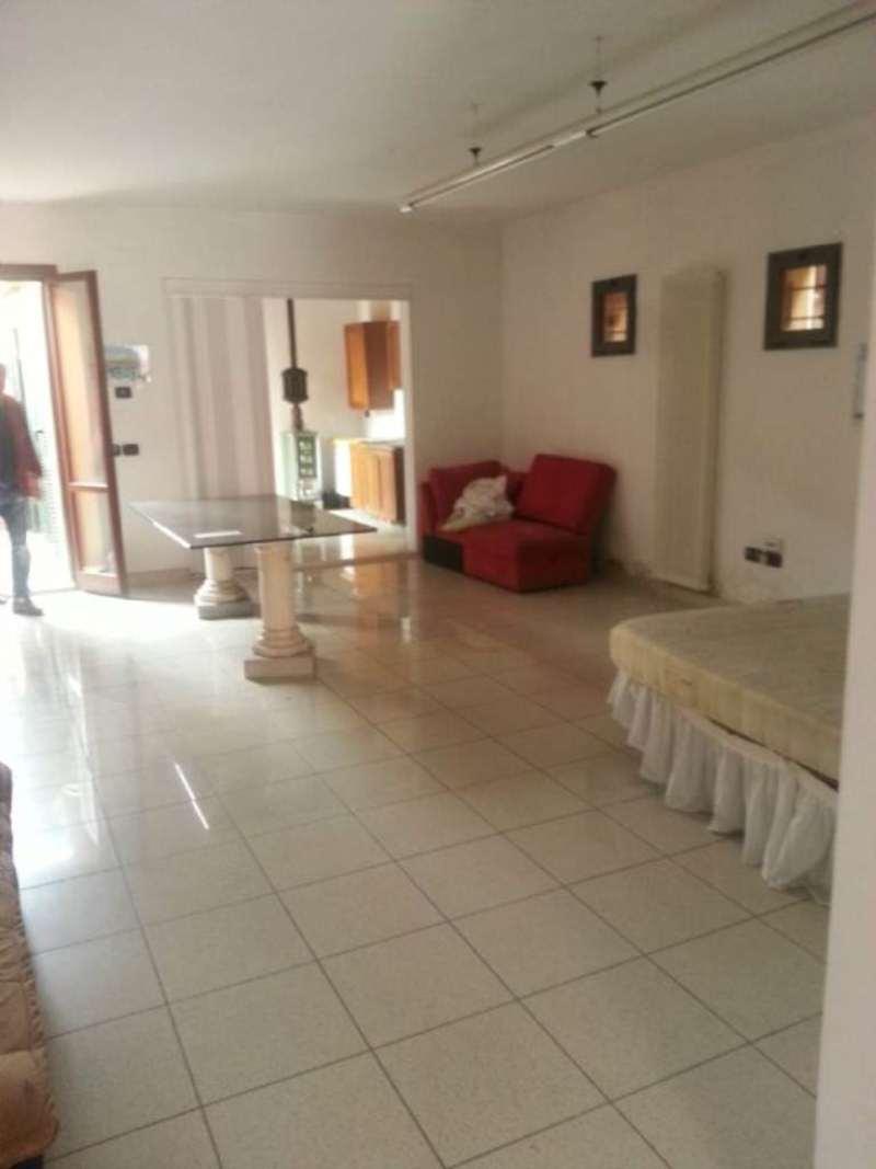 Appartamento in affitto a Boretto, 1 locali, prezzo € 300 | Cambio Casa.it